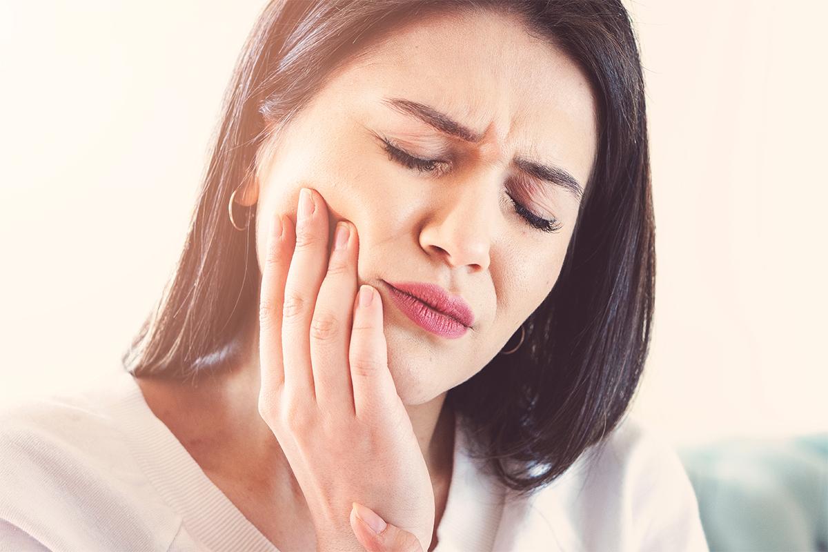 هل لديك قلق من ضرس العقل دنتاساي مستوصف صحة الفم والأسنان